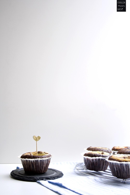 fraeulein-meer-backt-schoko-kaesekuchen-muffins-4