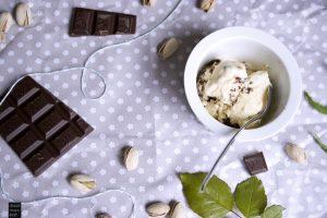 fraeulein-meer-backt-pistazien-schokoladen-semifreddo