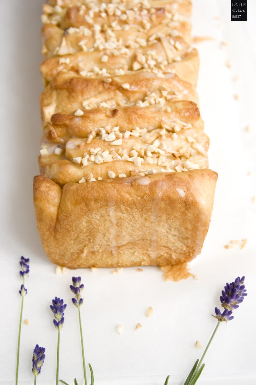 fraeulein-meer-backt-pull-apart-cake-apfel-zimt