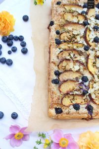 fraeulein-meer-backt-nektarinen-blaetterteig-tarte