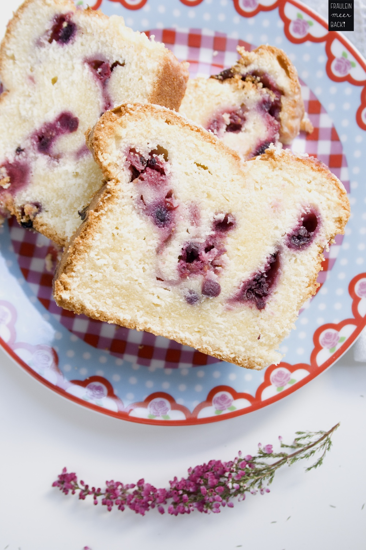 fraeulein-meer-backt-beerenkuchen