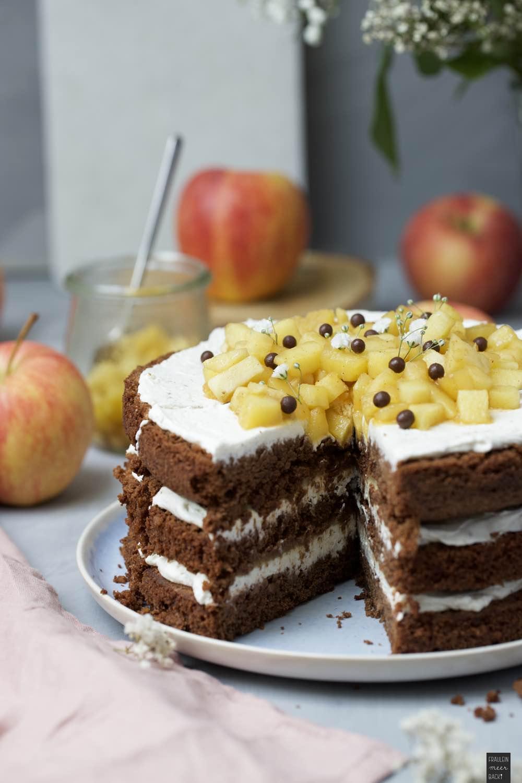 Fraeulein Meer backt Schoko Apfel Torte