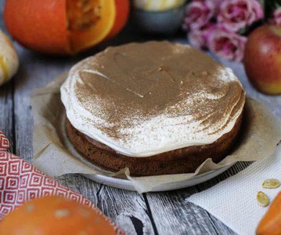 Fraeulein Meer backt Kürbis-Zimt-Kuchen mit Frischkäsecreme
