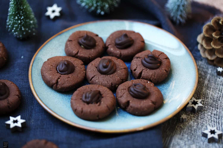 Fraeulein Meer backt Schokoladen-Haselnuss-Plätzchen
