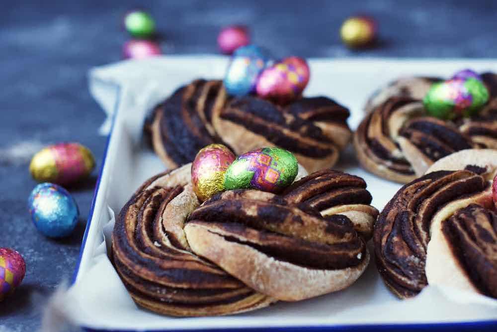 Fraeulein Meer backt Schokoladen Hefekränze