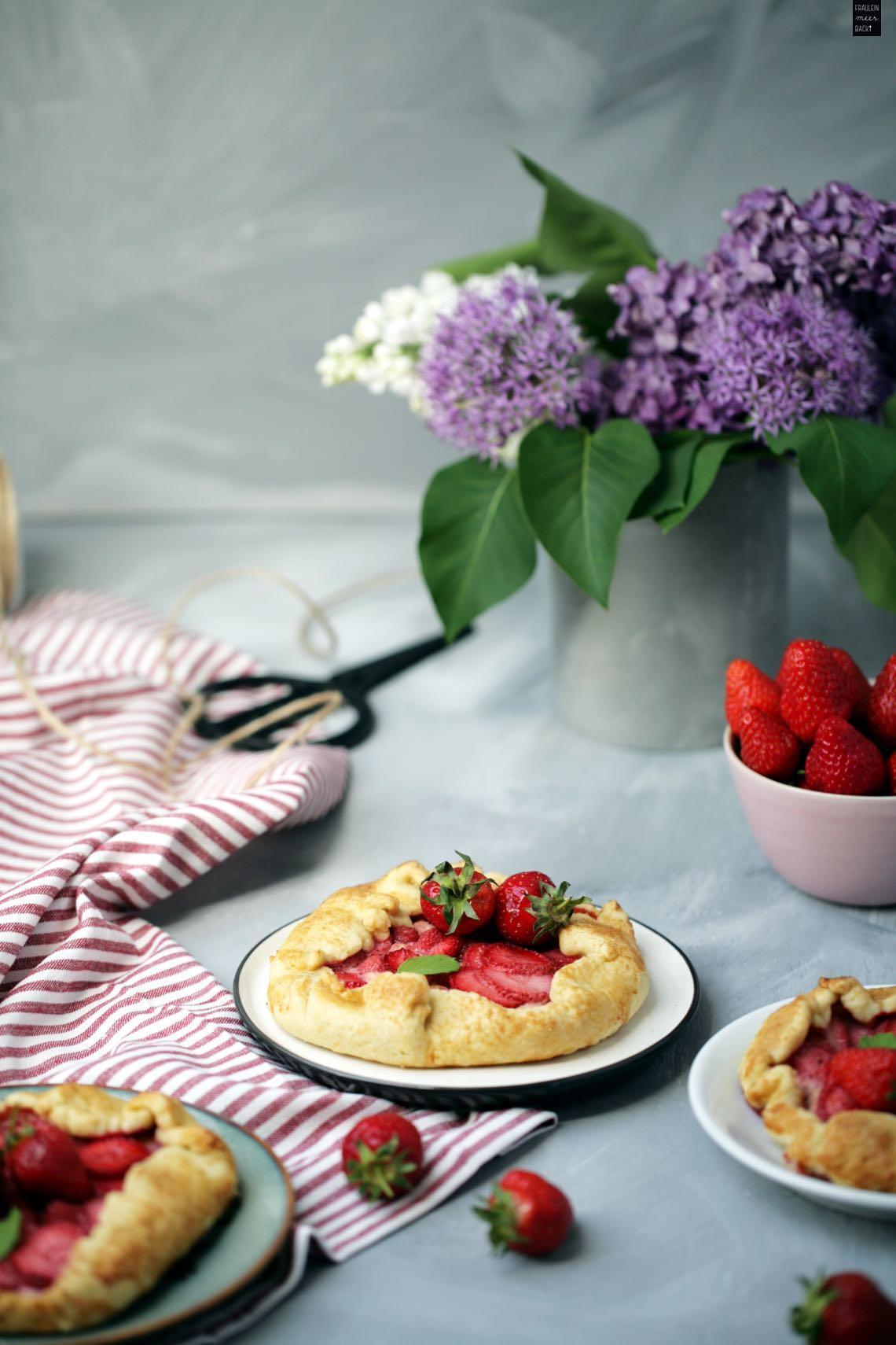 https://www.fraeuleinmeerbackt.de/wp-content/uploads/2018/05/Erdbeeren-Pudding-Galettes-Rezept.pdf