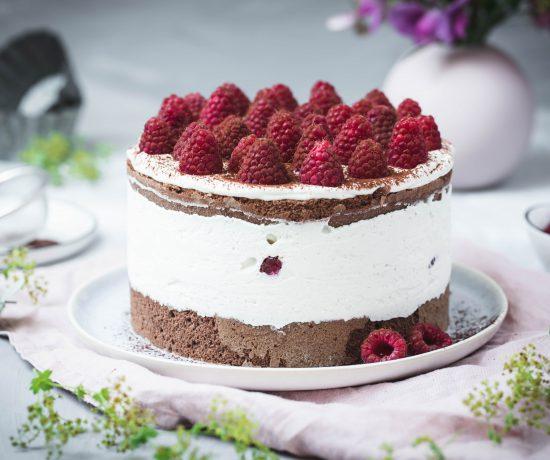 Fraeulein Meer backt HImbeer-Schoko-Torte