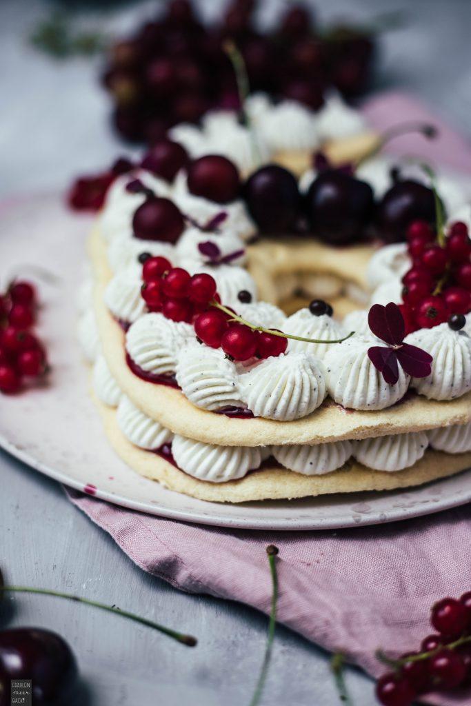 Fraeulein Meer backt Number Cake mit Biskuitteig
