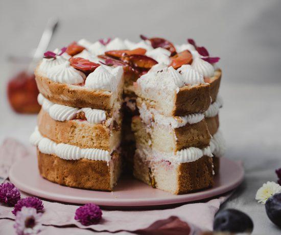 Fraeulein Meer backt Zwetschgen-Biskuit-Torte