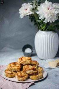 Fraeulein Meer backt Zimtschnecken mit Puddingcreme